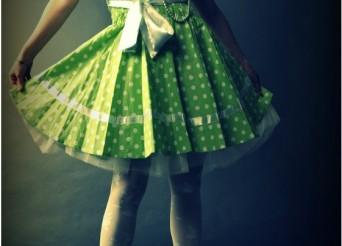 jupe verte portée par une femme