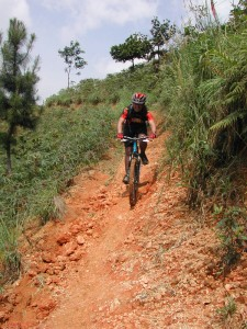descente abrupte en vélo