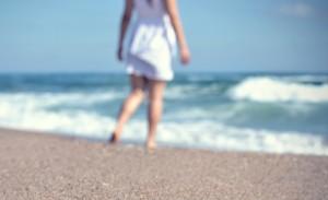 plage flou personne