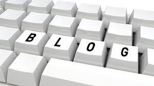 clavier avec écrit blog sur les touches