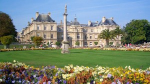 grand jardin fleuris chateau